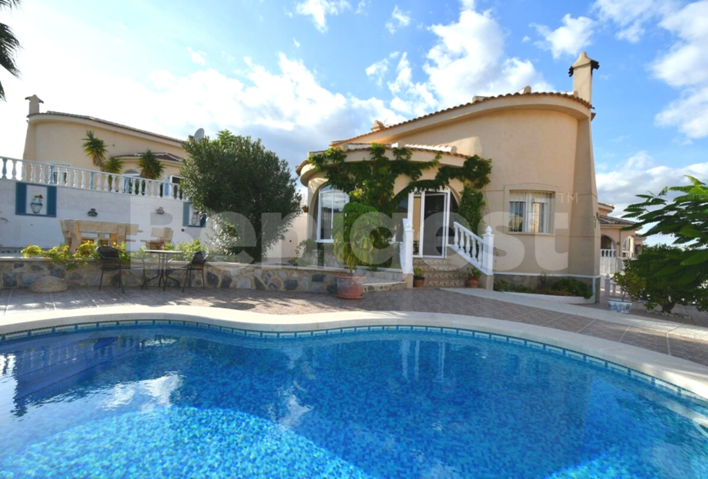 villa in Benimar with swimming pool