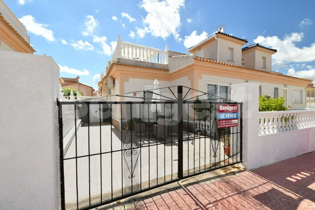 Bungalow in Benimar - 7 fabulous properties for sale on the Costa Blanca